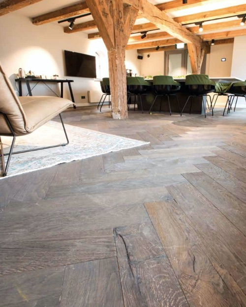 Flywood2 - Kobel Srl- Pavimenti, rivestimenti e tessili per il tuo business